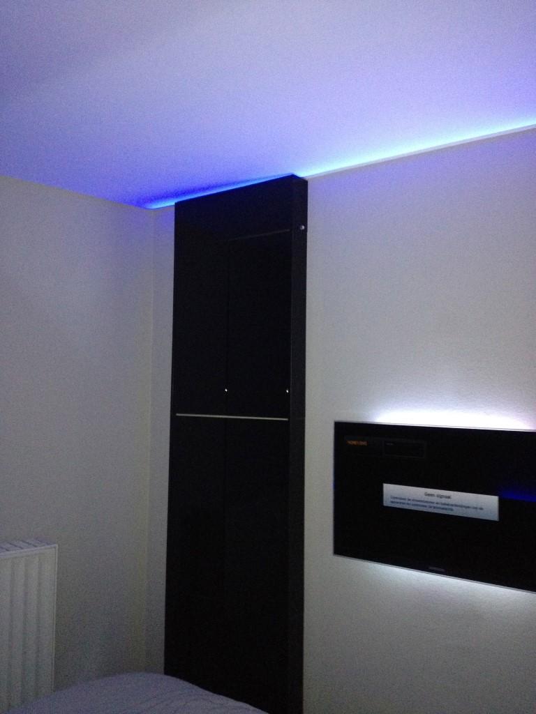 Verlichting in een spanplafond, wat zijn de mogelijkheden?